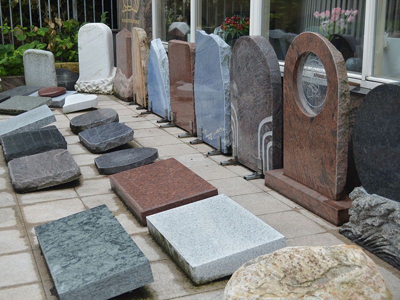 natuursteen duurzaam urn monument